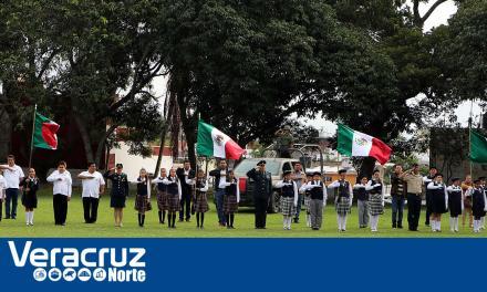 Gobierno Municipal refrenda su compromiso con Ejército Mexicano en el 198 Aniversario del Día de la Bandera