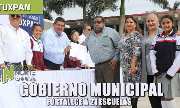 gobierno municipal fortalece a 21 escuelas