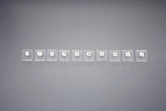 verba-jewellery-jewelry-earrings-letters-auskari-burti-verba