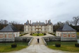 chateau de bourron France castle travel blogger
