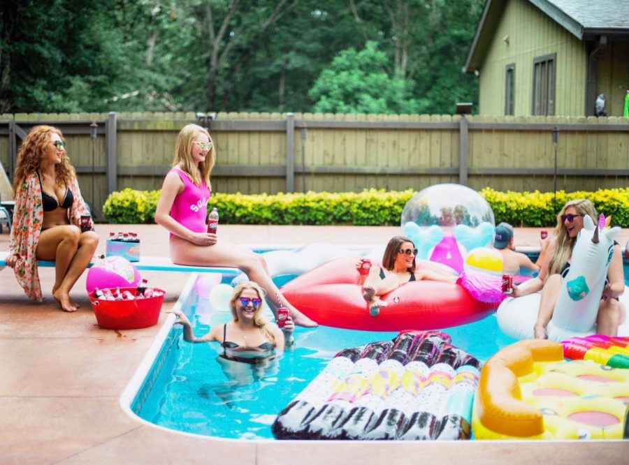 Dr Pepper photoshoot pool party summer travel blogger