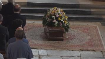 L'ultimo saluto a Don Cesare Massa