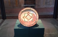 Vercelli: il bacino ceramico di Lucedio in esposizione al Museo Leone