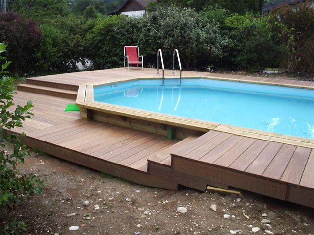 Piscine bois octogonale ou semi octogonale vercors piscine for Piscine carree semi enterree