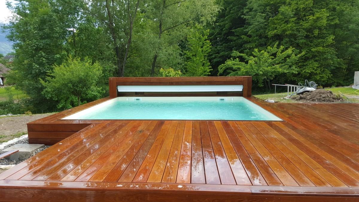 Piscines bois carr e hors sol ou enterr e vercors piscine for Piscine bois carree