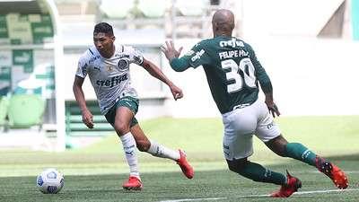 Rony e Felipe Melo durante treino do Palmeiras no Allianz Parque