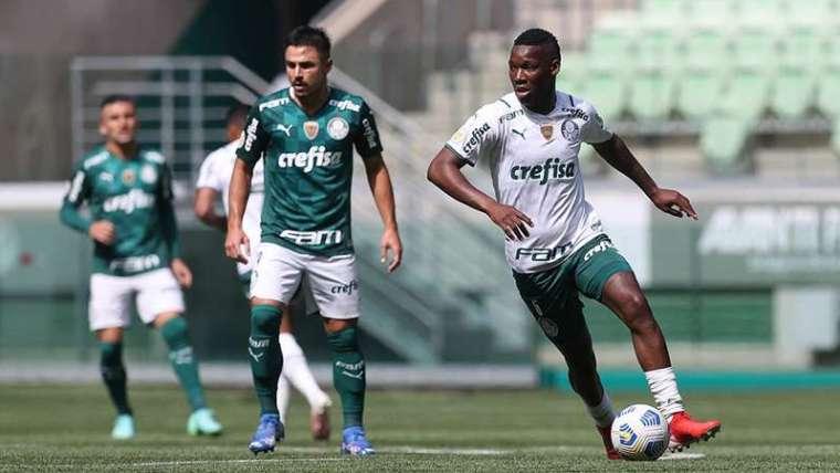 Patrick de Paula durante jogo-treino do Palmeiras no Allianz Parque.