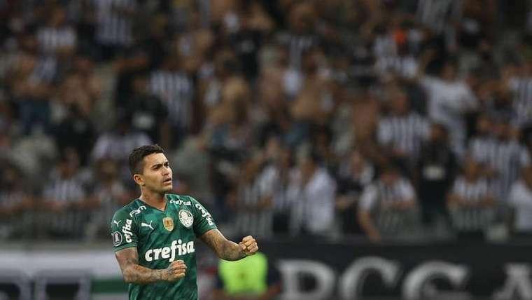 Dudu comemora seu gol pelo Palmeiras contra o Atlético-MG, durante segunda partida válida pelas semifinais da Libertadores 2021, no Mineirão.