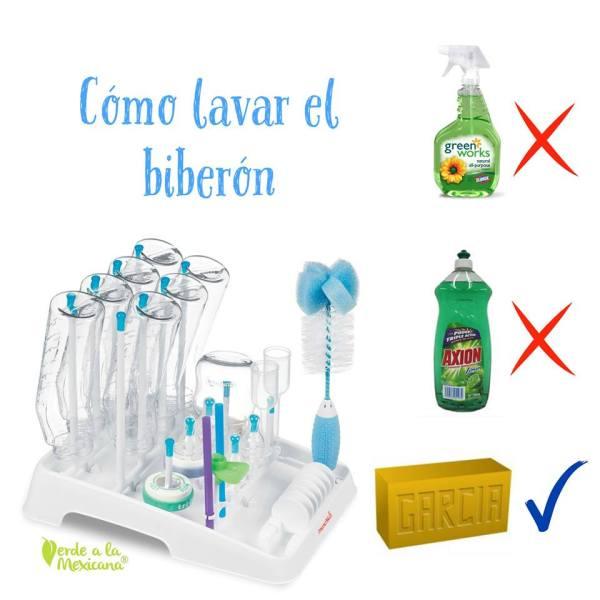 como lavar el biberon
