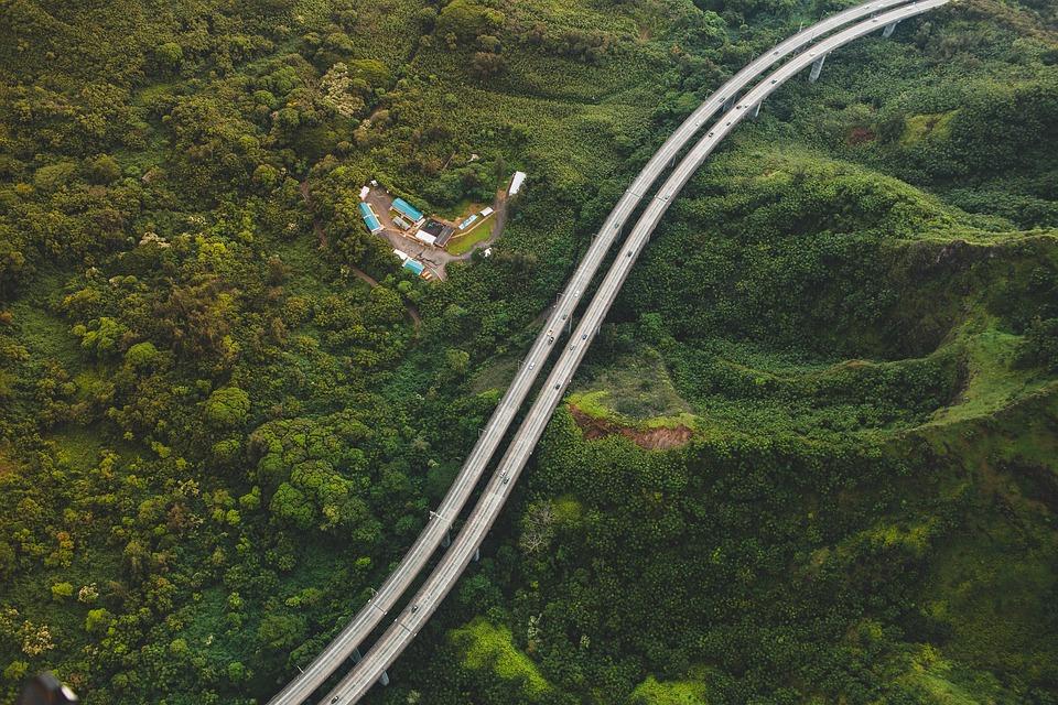 autopista y paisaje