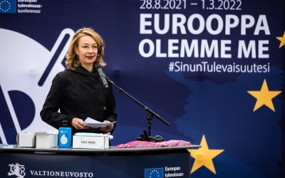Ostereita sateisella torilla – kansalaiskeskustelu EU:sta on absurdia