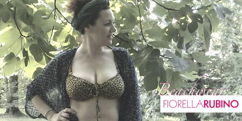 Una curvy in bikini | Fiorella Rubino Beachwear