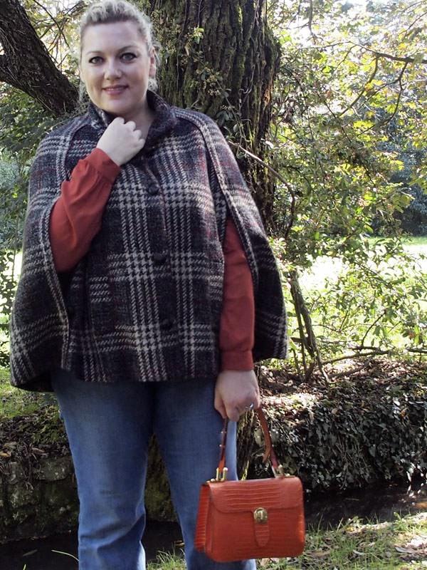 outfit-curvy-taglia-46-48-cappa-anni70-05