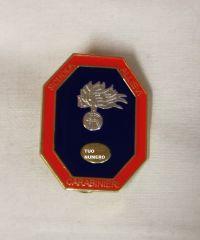 i carabinieri distintivo in metallo