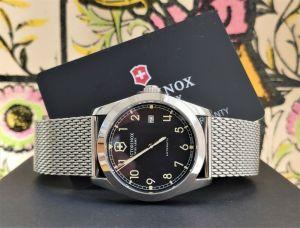 victorinox military watch