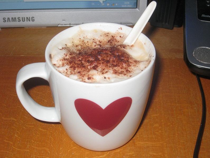 soy_vanilla_coffee_latte_to_go
