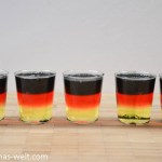 Vodka Jello Shots in Schwarz-Rot-Gold