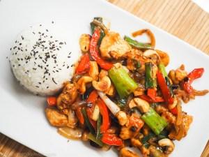 Thailändisches Cashew-Hähnchen