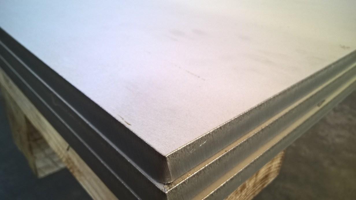 Preventivo Lamiere laminate a caldo Acciaio Inox Aisi 304 316 430 e Schede Tecniche | Vergalli Acciai Vendita Ingrosso