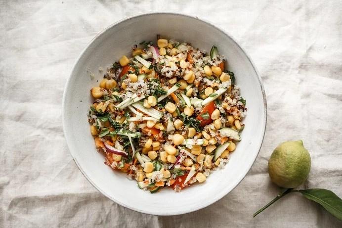 Ensalada crujiente de maíz y quinoa - Receta - Veritas
