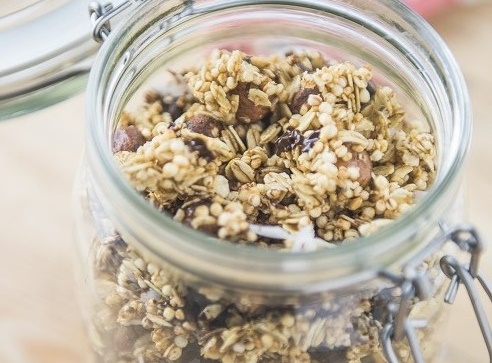 Granola casera de avena y avellanas - Veritas