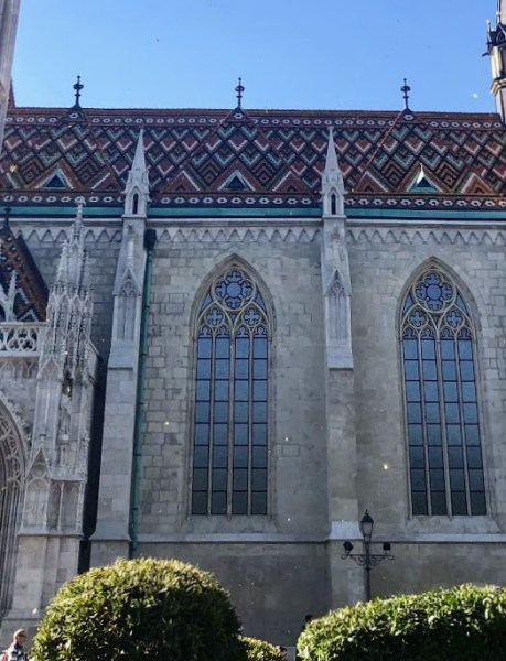 Walking Tour Budapest - The Best Joint Hen/Stag Do in Budapest - Veritru - Matthias Church