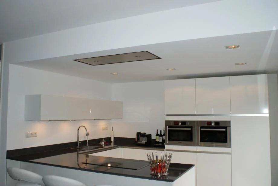Plafond Afzuigkap Keuken : Afzuigkap plafond kookeiland verlaagd plafond plaatsen