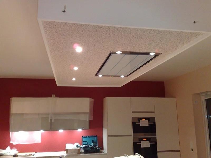 Afzuigkap In Plafond : Afzuigkap keukenplafond verlaagd plafond plaatsen