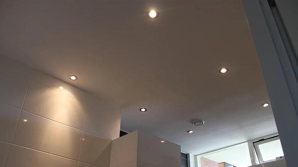 Verlaagd plafond badkamer spotjes verlaagd plafond plaatsen