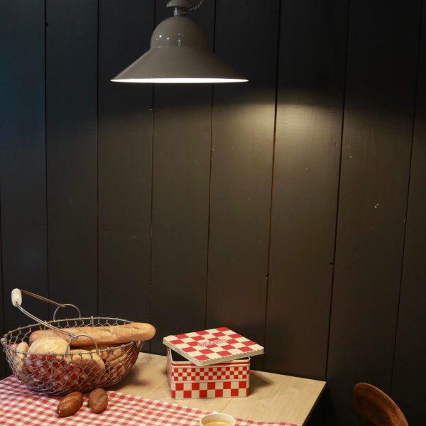 Regenstaaf hanglamp boven eettafel- Verlichting van Toen
