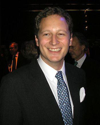 De gelukkige vader prins Georg Friedrich van Pruisen