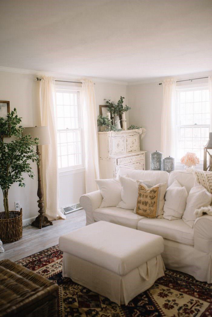white room 26