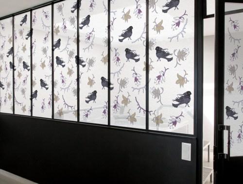 ©Véronique Milioni, Motif Rêves d'Oiseaux, La Marque, créatrice de décorations vitrages pour les besoins des architectes et décorateurs d'intérieurs, hôtels et restaurants haut de gamme, boutique de luxe, univers du zen et du développement personnel