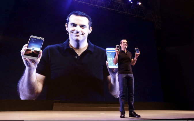 Hugo Barra launching Xiaomi Redmi Note 3