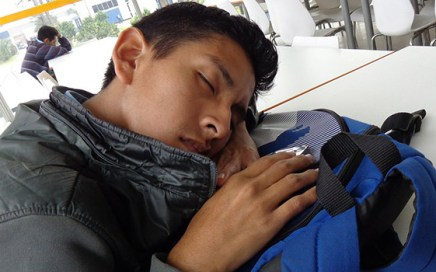 Power naps can significantly improve memory performance according to neuropsychologists