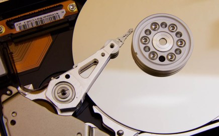 HDD, Advantages and disadvantages of hard disk drives