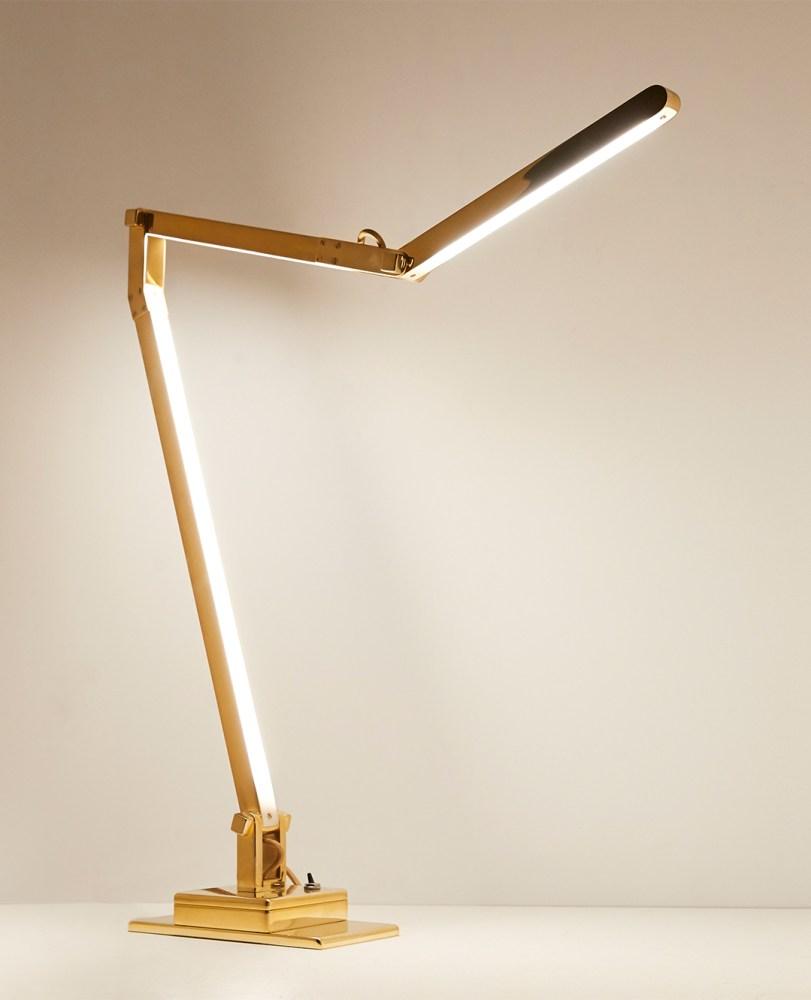 Jwda Metallic Table Lamp