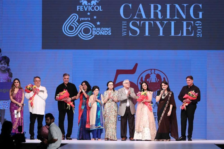 Sonam Chhabra, Abu Jani, Sandeep Khosla, Shailja Singh, Siloo Jasdanwalla, Rekha Sapru, Mr. Sapru, Amrita Rao, Shaina NC and Tehmasp Printer