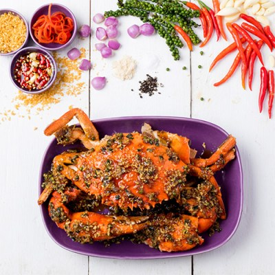 Phu Tord Prik Thai Dam - Fried Peppered Crab
