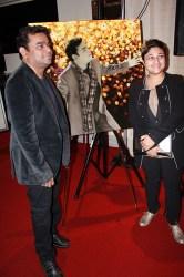 AR Rahman and Sharmistha Ray with her signature artwork created for his Berklee performance