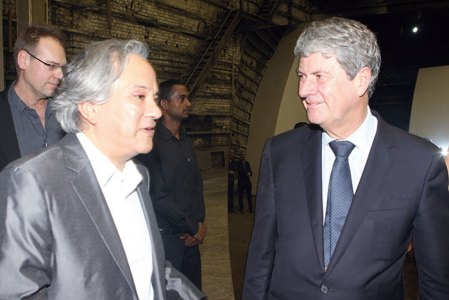 Anish Kapoor with Yves Carcelle