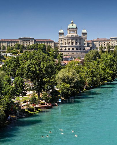 Swimming in river Aare, Bern