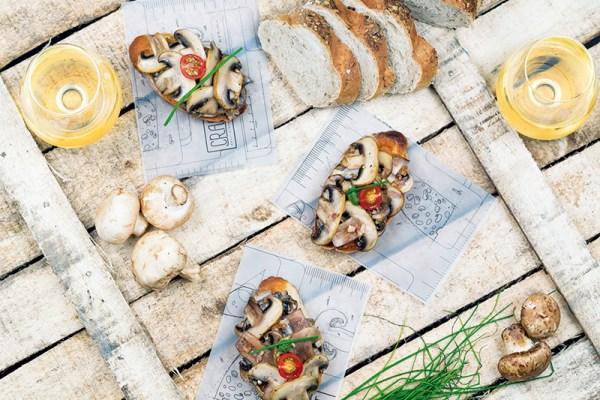 Portobello crostini