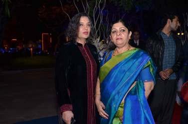 Shabana Azmi, Poonam Mutreja
