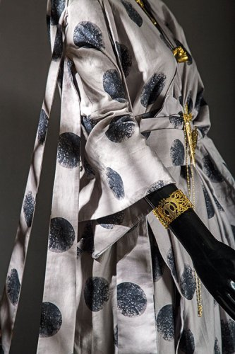 Clothing, by Kallol Datta; jewellery, by Eina Ahluwalia