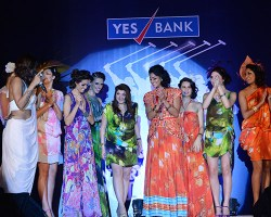 A fashion show by Delna Poonawalla