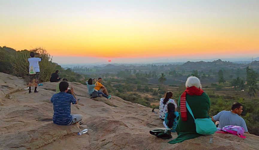 Watching the sky from a sunrise viewpoint