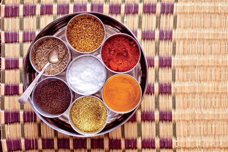 A masala dabba has different components to store spices
