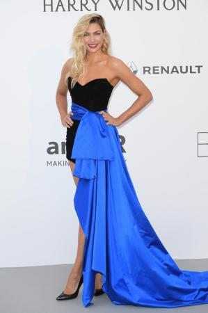 Jessica Hart in Alexandre Vauthier Couture
