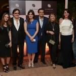 Malaika Khan, Suzanne Khan, Sanjay Khan, Simone and Ajay Arora, Zarine Khan, Farah Khan Ali with Zayed Khan